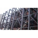 estrutura metálica para fachadas Alphaville