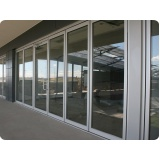 fachada de alumínio de vidro