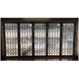 porta pantográfica de alumínio